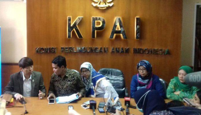 Konfrensi Pers di Kantor KPAI