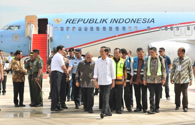 Pendaratan Pesawat RI-1 Tandai Peresmian Bandara Internasional Kertajati