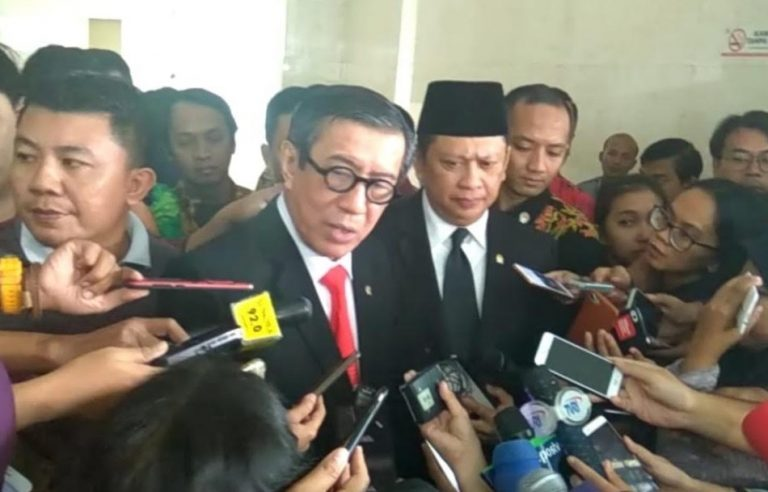 Reaksi Menteri Yasonna ketika DPR Sahkan UU Anti Terorisme