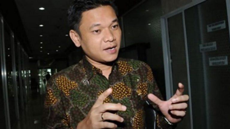 Politikus Golkar Tanggapi Santai soal Temuan Ribuan e-KTP di Bogor