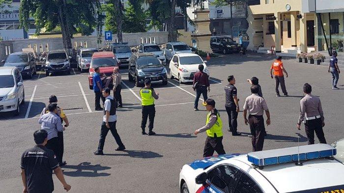 Polrestabes Surabaya Pagi ini Dihantam Bom