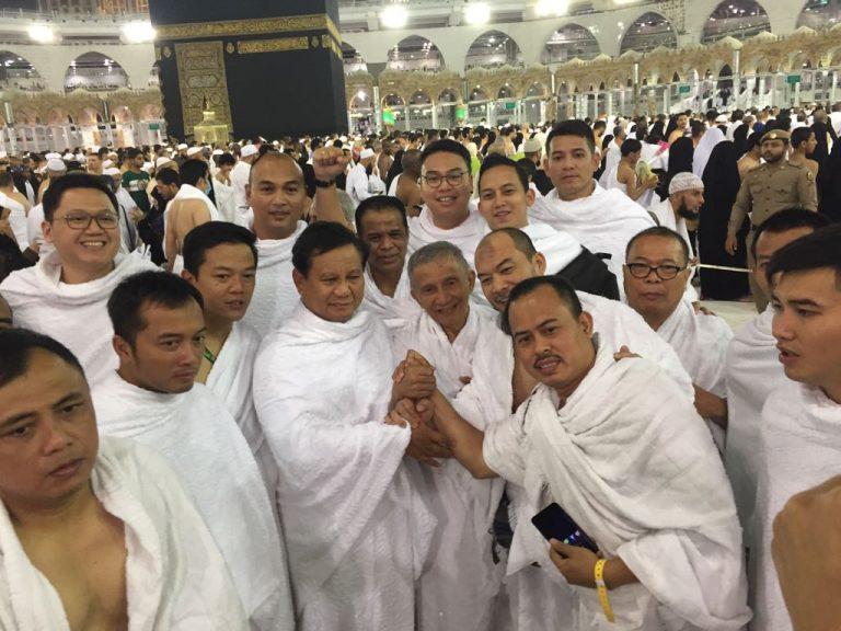 Elit Politik Umrah Bareng, Golkar: Semoga Murni Ibadah