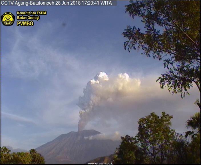Pasca Erupsi, Begini Kondisi Terkini Gunung Agung Bali