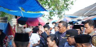 Prof Nurdin Abdullah Blusukan di Pasar Sentral Bulukumba