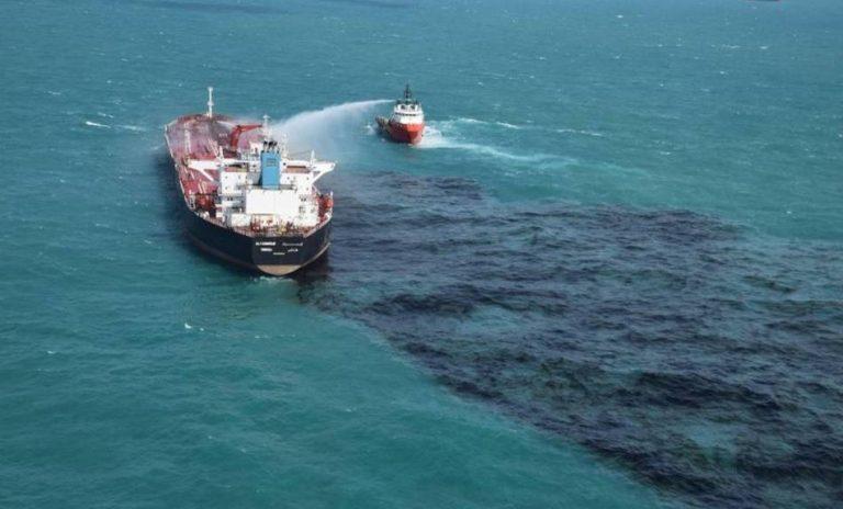 Hari Laut Sedunia: Jihad Melawan Pencemaran Laut dan Ilegal Fishing