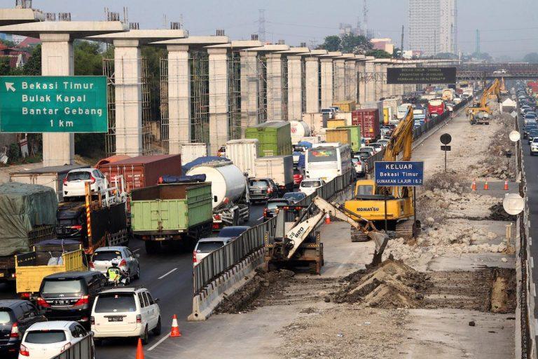 Jasa Marga Simulasi Pengurangan Lajur di Tol Jakarta-Cikampek