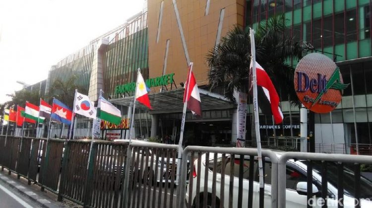 Bendera Peserta Asian Games Pakai Bambu, Ini Kata Anies