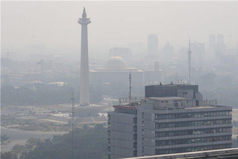 Udara Jakarta Tercemar Cerobong Asap, Dinas Lingkungan Hidup Kena Umpat