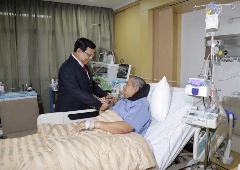 Jenguk SBY di RSPAD, Prabowo Pulang Tanpa Kesepakatan Politik