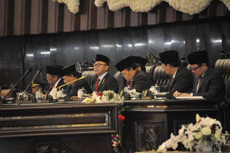 Zulkifli Hasan Tantang Balik Sri Mulyani Jujur soal Pengelolaan Hutang