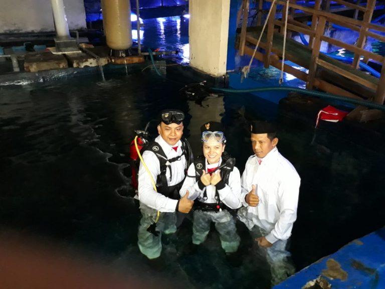 Marsha Aruan Bangga Diminta Bentangkan Merah Putih di Seaworld