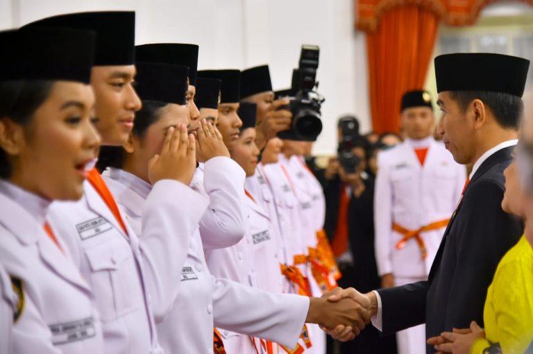 Jokowi Kukuhkan Anggota Paskibraka 2018, Ini Nama-namanya