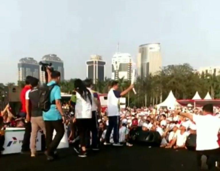 Anies Kembali Ikut Kirab Obor Asian Games di Monas