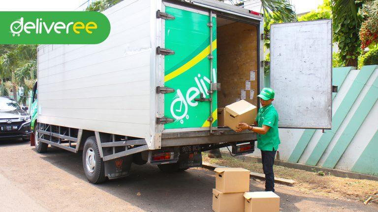 Truk Double Engkel Long Kini Bisa Dipesan di Deliveree