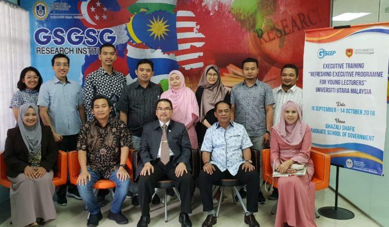 Perkuat Jaringan Internasional, UNKRIS Kirim Dosen Muda ke Malaysia