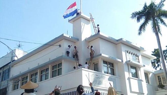 Hotel Yamato dan Saksi Bisu Perobekan Bendera Belanda