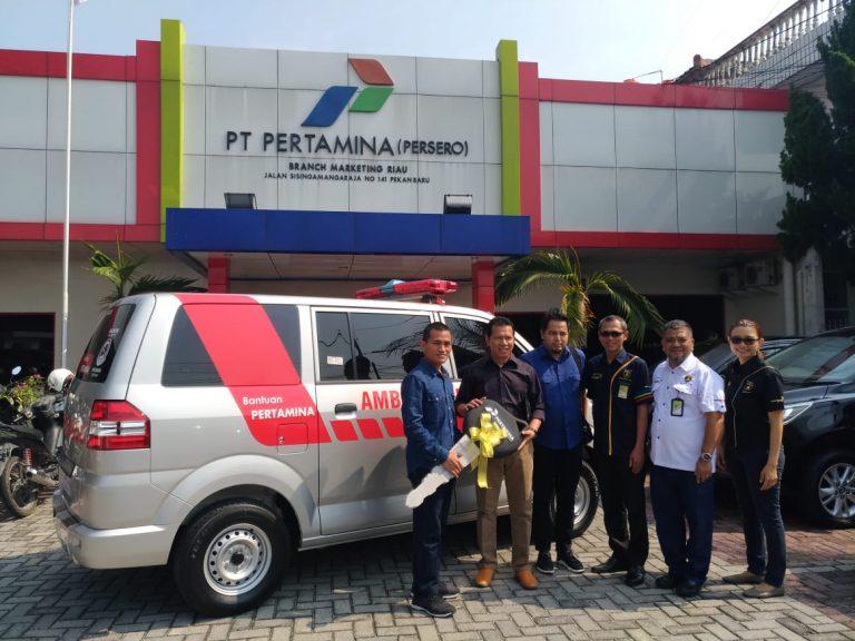 Pertamina Serahkan Mobil Ambulance Bagi Masyarakat Inhil