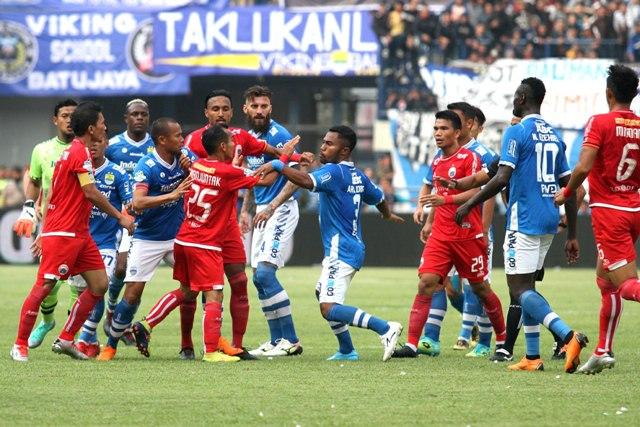 Kematian Haringga dan Berhentinya Liga 1 Indonesia