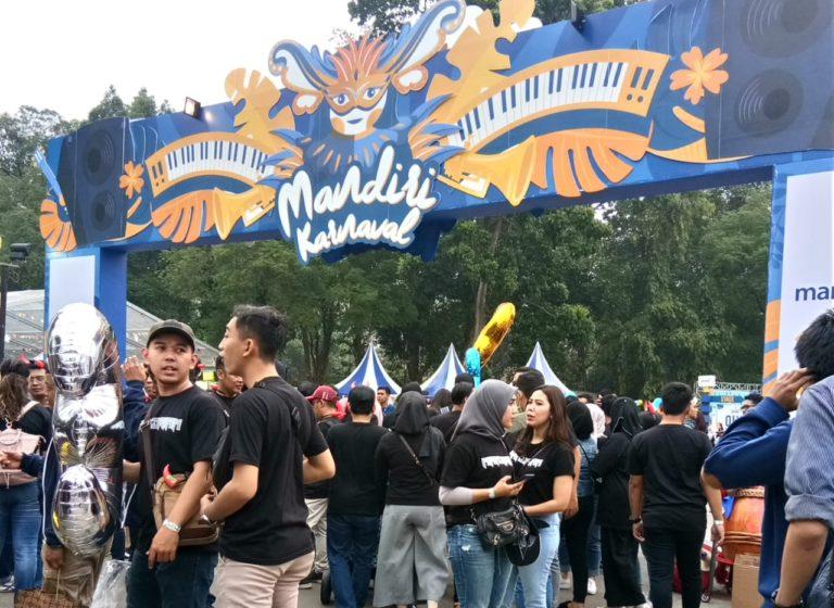 Ribuan Mandirian padati #MandiriKarnaval di GBK Senayan