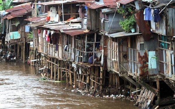 Anies Janji Segera Realisasikan Penataan Kampung Kumuh