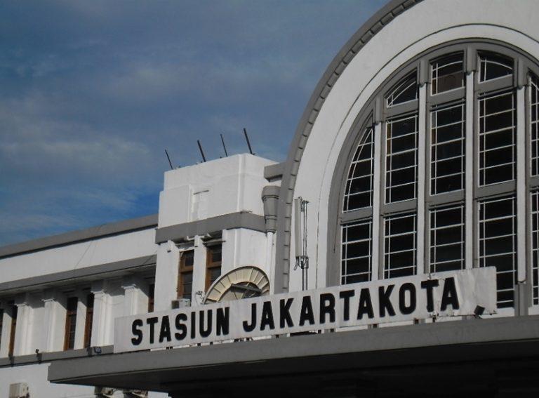 Berdirinya Stasiun Jakarta Kota dan Eksistensinya