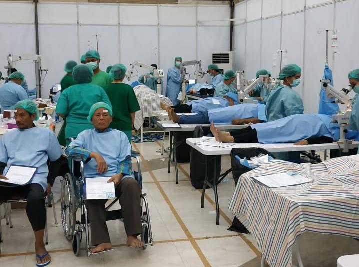 Bakti Sosial Operasi Katarak Gratis Kanwil DJP Wajib Pajak Besar