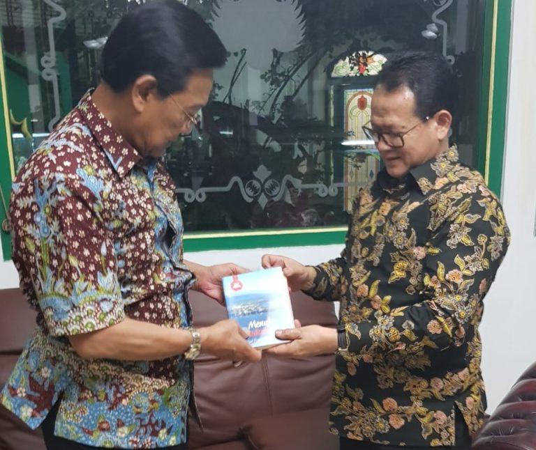 Temui Sri Sultan, Rokhmin Dahuri berbagi Strategi Pembangunan Maritim di Yogyakarta