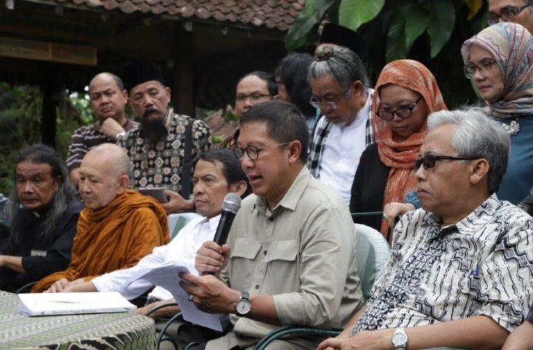 Menag: Budaya dan Agama tak perlu dipertentangkan