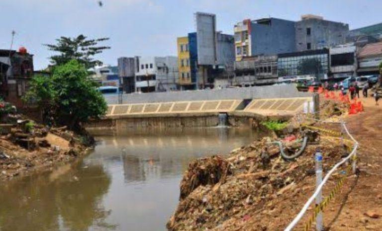 Ngeri, Sebagian Wilayah Ibukota Alami Krisis Air Bersih