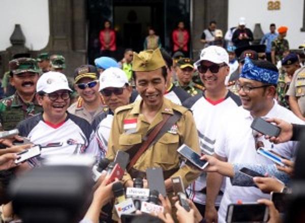 Ini Alasan Jokowi Kenakan Kostum Veteran ala Bung Tomo