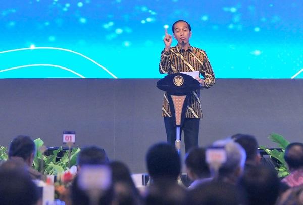 Ditengah Lemahnya Ekonomi Nasional, Jokowi Puji Bank Indonesia