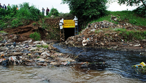 DPR: Pelaku Pencemaran Sungai Harus Ditindak Tegas