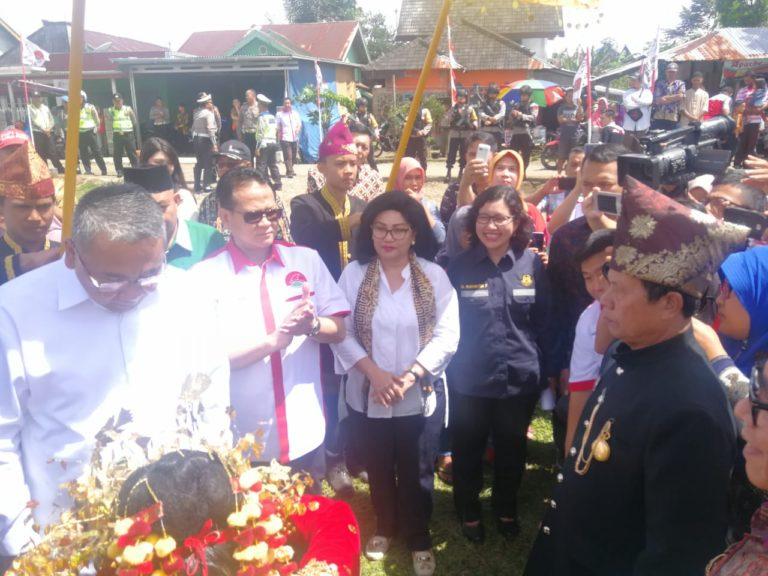 Penyaluran Bantuan Program Desa Terang dan KUR untuk Nelayan dan Petani di Bengkulu
