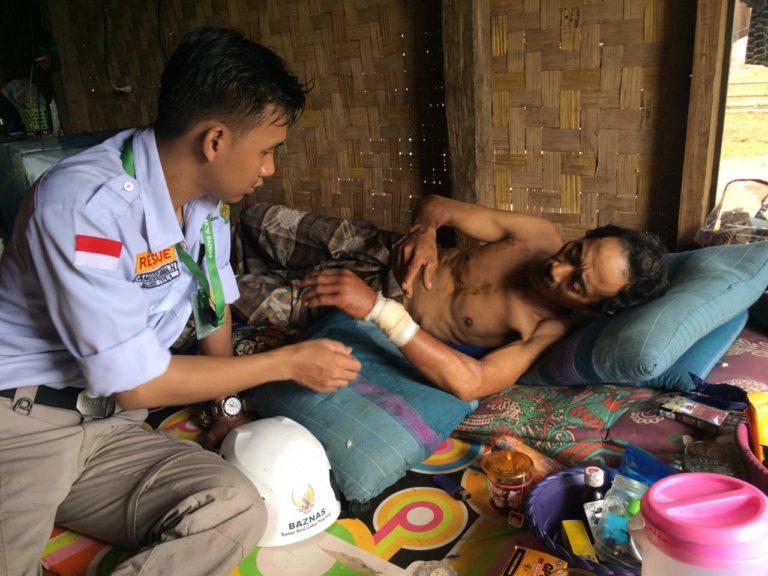 Relawan BAZNAS Temukan 60 Korban Tsunami dengan Kondisi Memprihatinkan