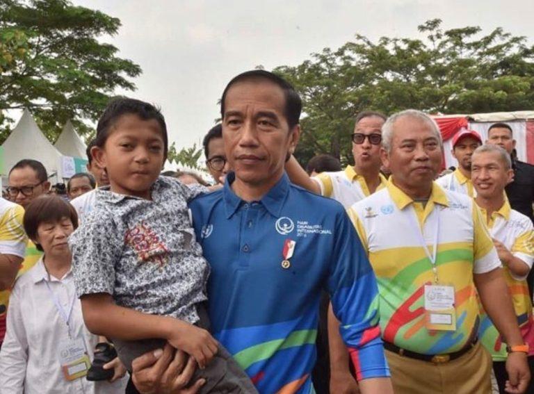Adul, Bocah Penyandang Disabilitas ini Luluhkan Hati Jokowi