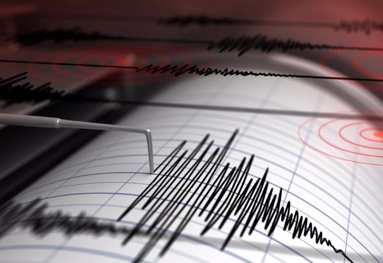 Gempa 5,7 Magnitudo Guncang Tuapejat Sumbar