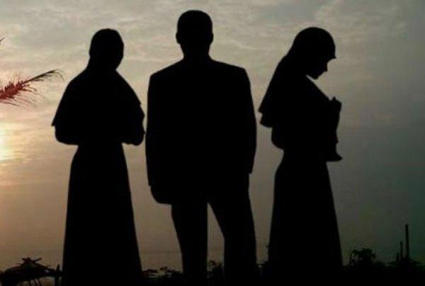 Monogami Ditengah Pusaran Poligami