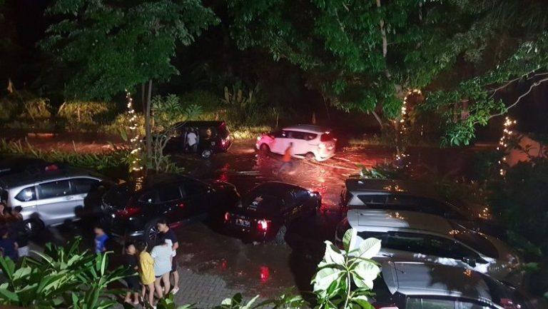 Korban Tewas Tsunami Anyer-Lampung Bertambah, 43 Tewas, 584 Orang Luka dan 2 Orang Hilang