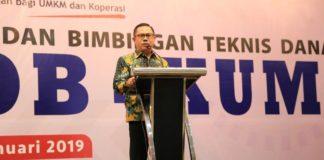 Direktur Pembiayaan Syariah menyampaikan arahannya pada acara Sinergitas Program Kegiatan Kemenkop UKM, dan Dekranas di Tarakan, Kalimantan Utara, Kamis (24/1/2019).