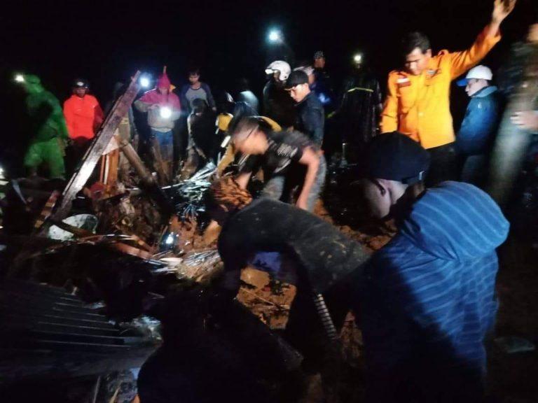 BNPB Laporkan 107 Jiwa Terdampak Longsor di Sukabumi