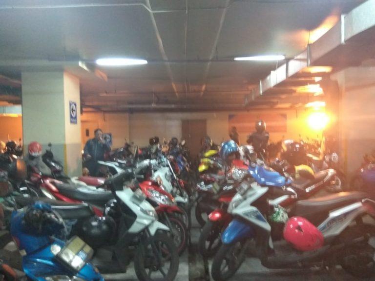 Tarif Parkir di IRTI Monas Naik, PNS DKI Berebut Parkir Gratis di Gedung DPRD