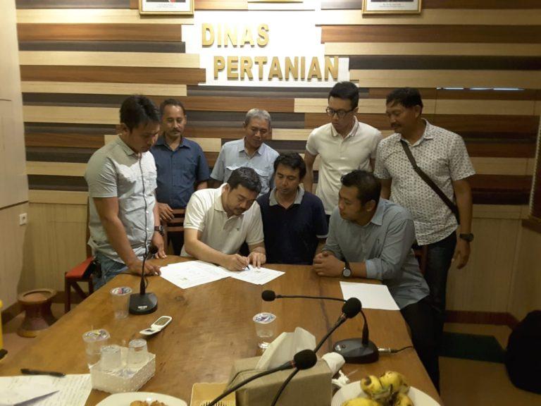 Gandeng Tiga Investor, Kementan Serap 150 Ton Buah Naga Petani Banyuwangi