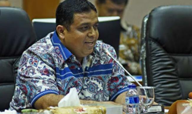 Siak Terima Penghargaan, M Nasir Dorong Peningkatan Kinerja Pemerintah