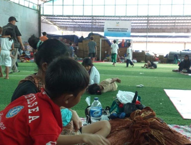 Cerita Korban Tsunami Banten, Suaminya Dihantam Ombak