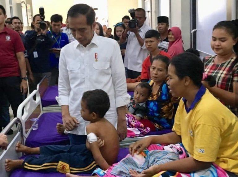 Berpegangan Kayu, Bocah Enam Tahun ini Selamat dari Amukan Tsunami