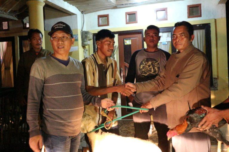 Sahabat Rakyat Indonesia Turut Bantu Keluarga yang Masak Makanan Basi