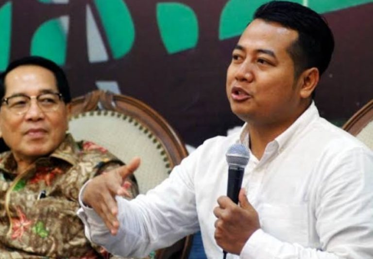 Publik Tak Puas Kinerja Jokowi-Ma'ruf, Pengamat: Dalam Banyak Hal Babak Belur