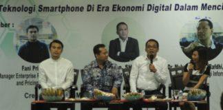 "Seminar Nasional Enterpreneurship dengan tema ""Optimalisasi Teknologi Smartphone di Era Ekonomi Digital dalam Menciptakan Lapangan Pekerjaan"" di SMESCO Tower, Jakarta, (14/3)"