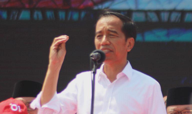 Jokowi Berang Kartu Pra Kerja Disebut untuk Gaji Pengangguran