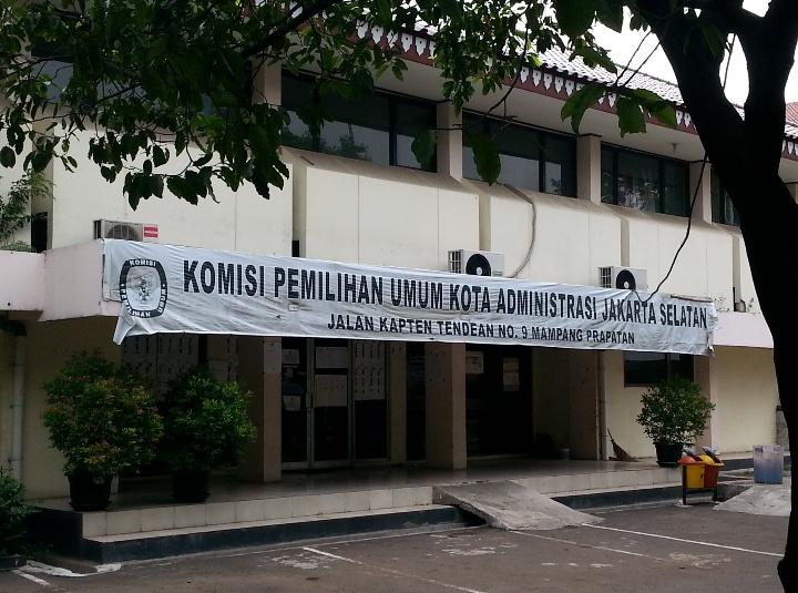 KPU Jaksel Didesak Umumkan Hasil Penghitungan Suara di TPS